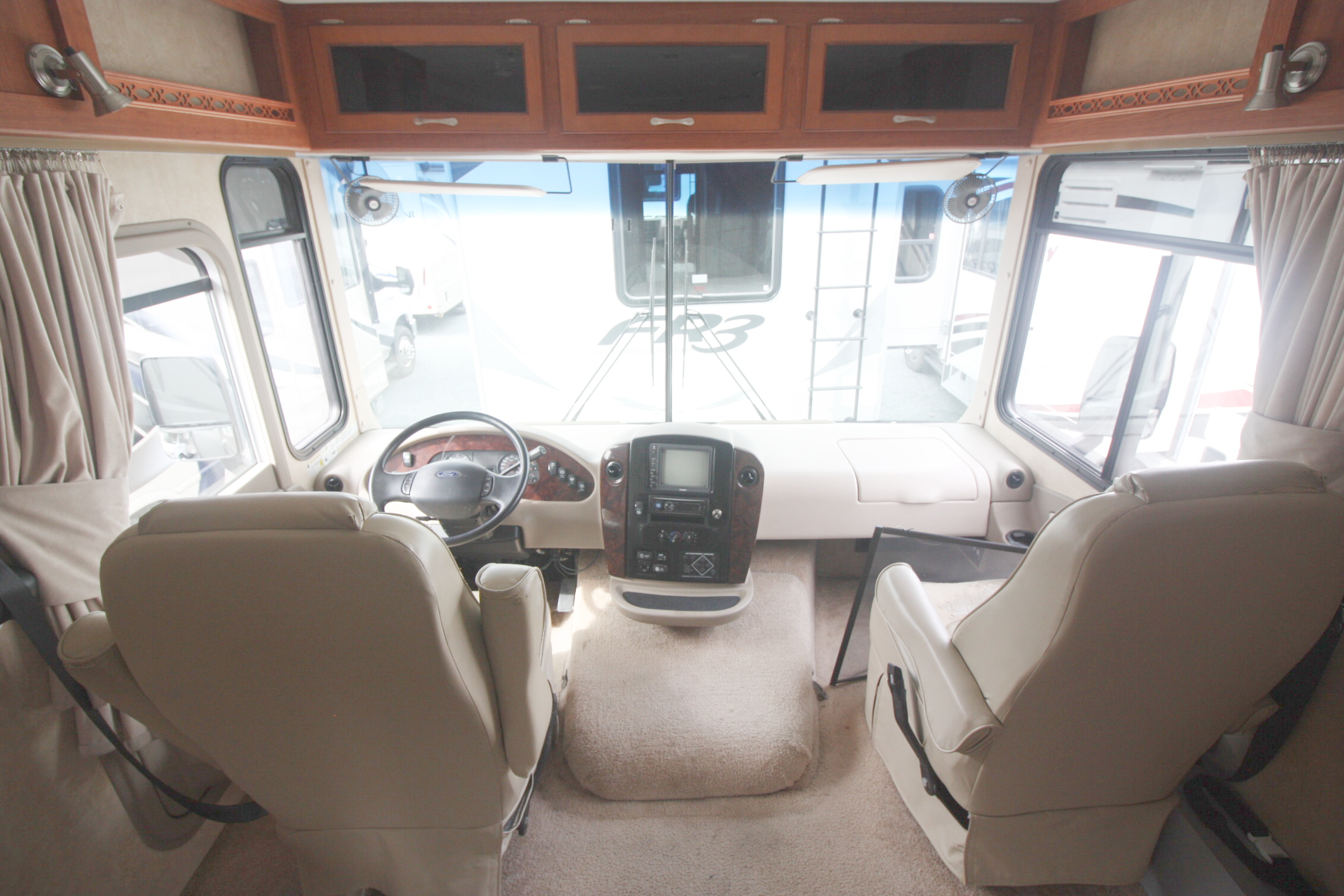 2008 FOREST RIVER GEORGETOWN 378 FOR SALE IN HALIFAX NS