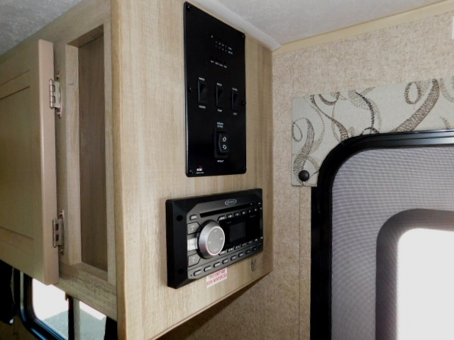 CONTROL CENTER and STEREO