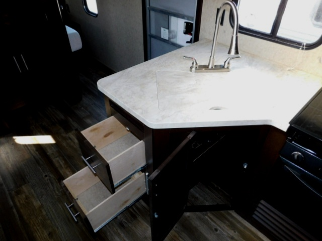 KITCHEN DRAWERS and SINK COVER