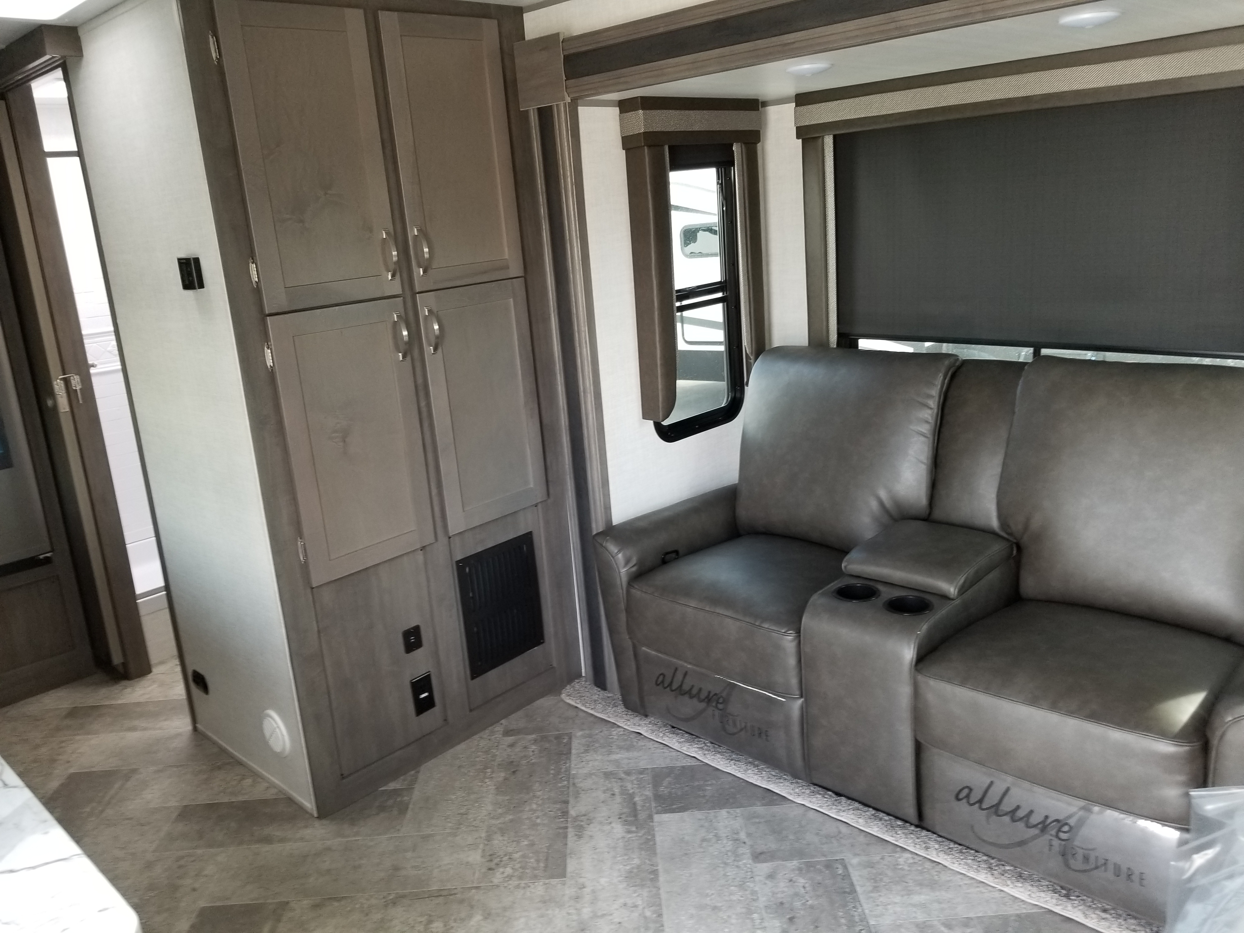 2021 EAST TO WEST RV ALTA 1900MMK