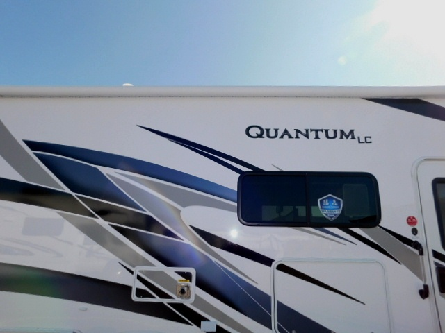 QUANTUM LC27 POWER AWNING