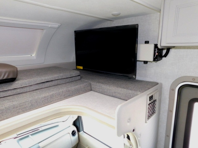QUANTUM LC27 CABOVER SLEEPING AREA with BUNK LADDER