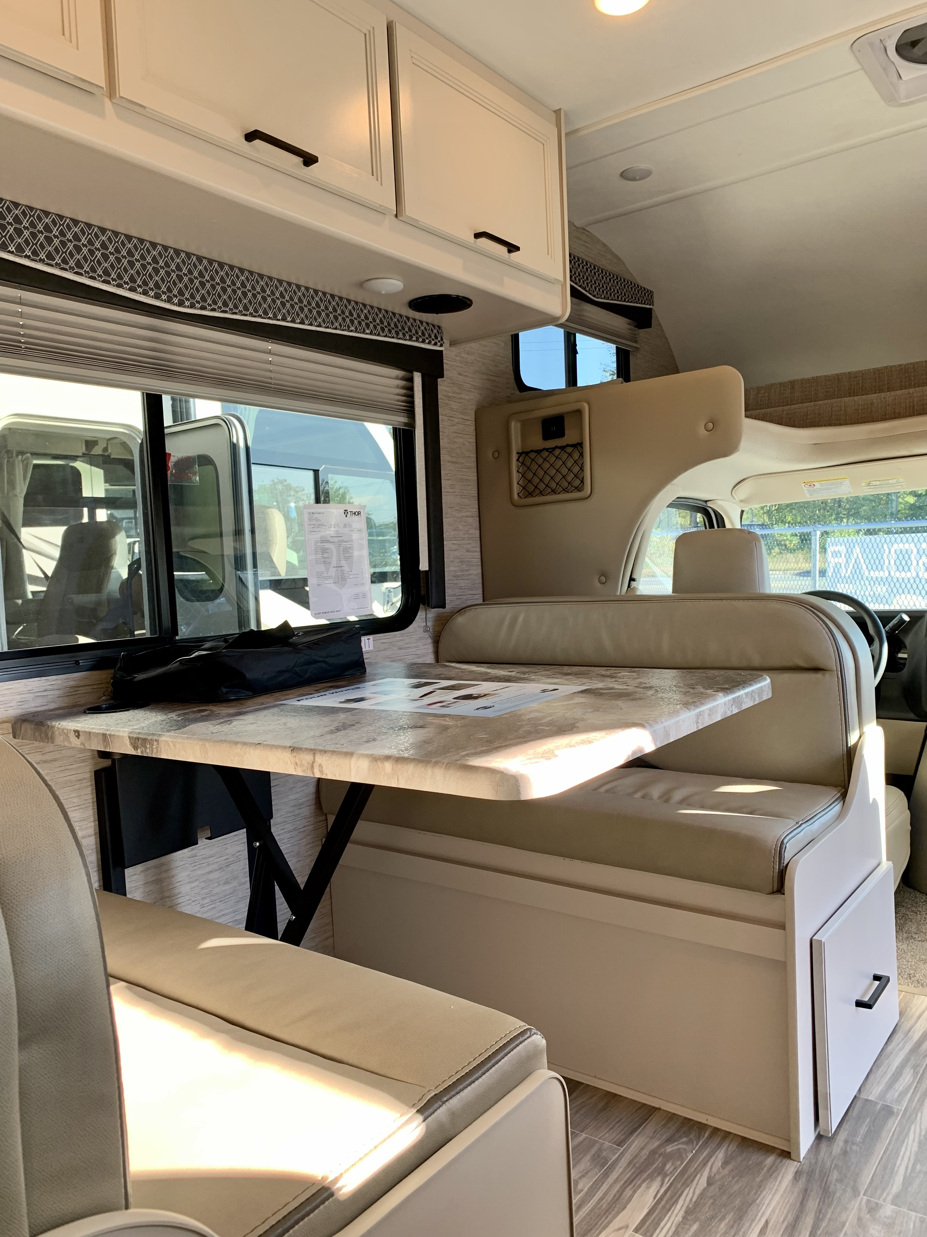 THOR MOTOR COACH FOURWINDS 22B NEW CLASS C MOTORHOME FOR SALE IN HALIFAX NS