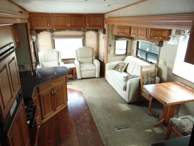 2011 Carriage CAMEO 31KSLS For Sale In Edmonton