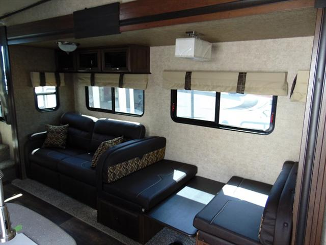2018 Forest River SANDPIPER F3275DBOK For Sale In Edmonton