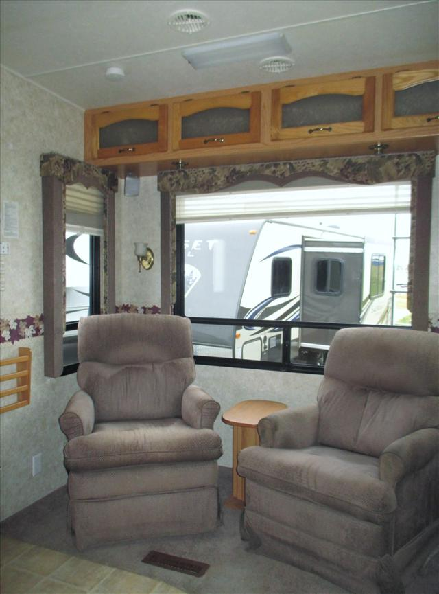 2006 Newmar CYPRESS 32CKRE For Sale In Airdrie