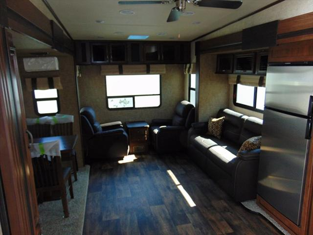 2018 Forest River SANDPIPER F2850RL For Sale In Edmonton