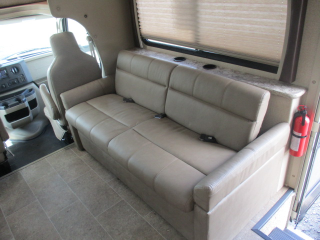 2018 Thor Motor Coach CHATEAU 29G*17 For Sale In Kamloops