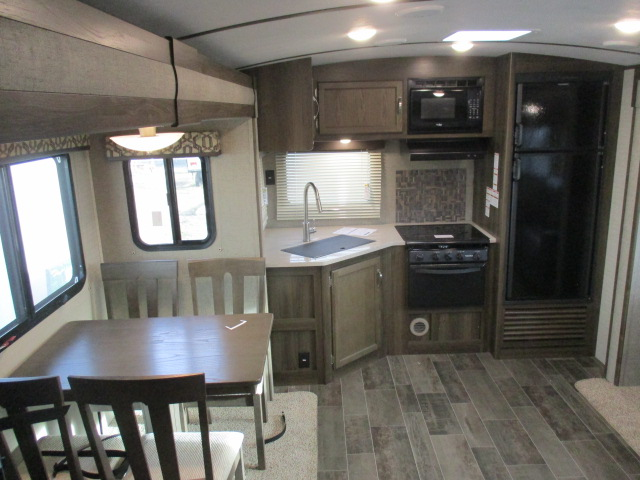 2018 Keystone PREMIER 24RKPR For Sale In Kamloops