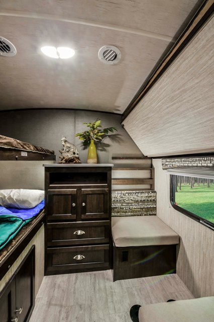 2018 Cruiser RVs SHADOW 280QBS For Sale In Leduc