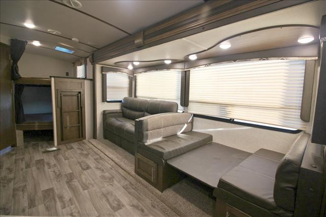 2018 Keystone COUGAR 1/2 TON 29BHS For Sale In Bedford