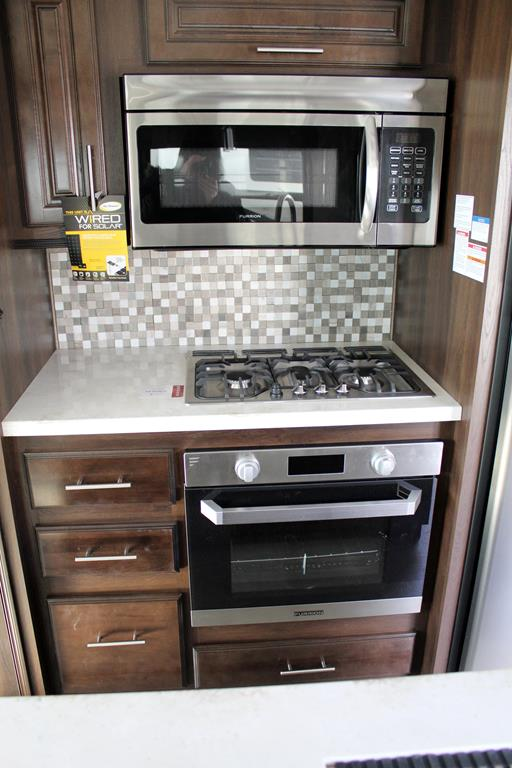 2018 Jayco NORTHPOINT 315RLTS For Sale In Lacombe County