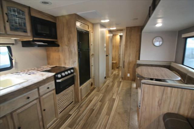 2018 Coachmen FREEDOM EXPRESS 31SE For Sale In Bedford