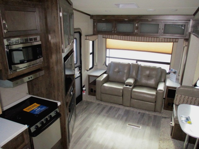 2018 Dutchmen ASTORIA 2513RLF For Sale In Leduc