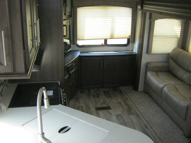 2019 Keystone COUGAR 1/2 TON 25RES For Sale In Airdrie
