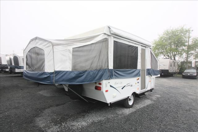 2011 Palomino REAL-LITE 1002 For Sale In Bedford