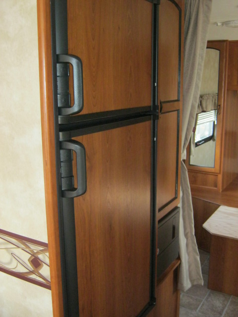 2011 Coachmen FREEDOM EXPRESS 280RLS For Sale In Airdrie