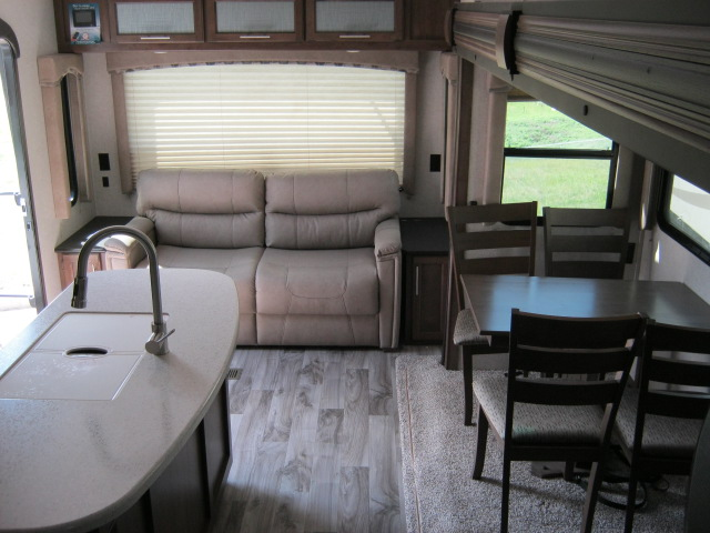 2019 Keystone COUGAR 1/2 TON 27RLSWE For Sale In Airdrie
