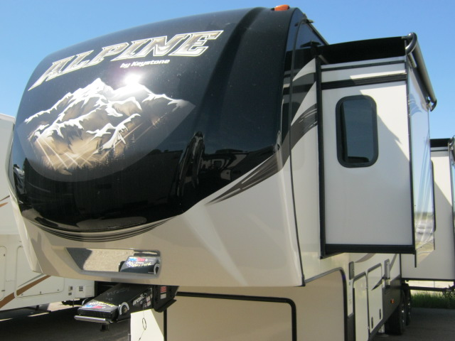 2017 Keystone ALPINE 3300GR For Sale In Airdrie