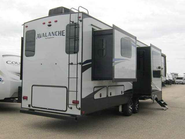 2019 Keystone AVALANCHE 375RD For Sale In Airdrie