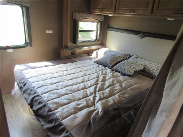 2019 Thor Motor Coach HURRICANE 27B For Sale In Abbotsford