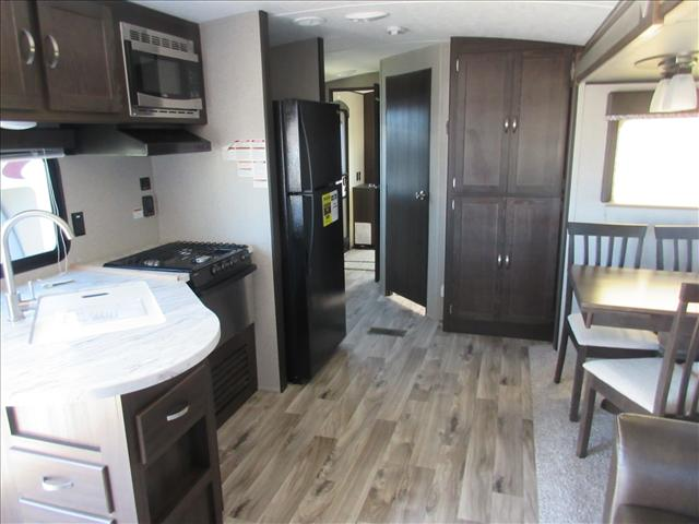 2018 Keystone SPRINGDALE 38BH For Sale In Abbotsford