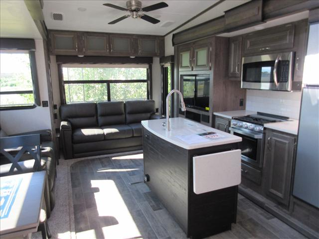 2019 Keystone MONTANA HIGH COUNTRY 384BR For Sale In Abbotsford