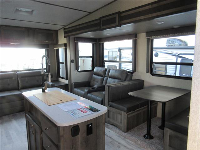 2019 Keystone SPRINTER 3570FWLFT For Sale In Abbotsford