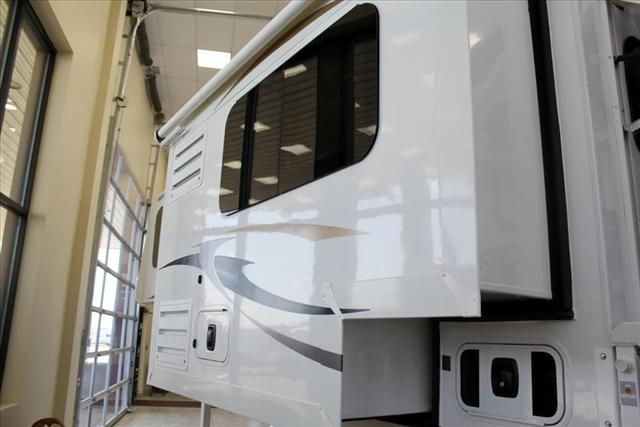 2019 ALP Adventurer EAGLE CAP 811 For Sale In Lacombe County