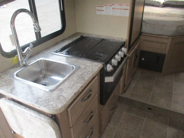 2019 Thor Motor Coach CHATEAU 22E*18 For Sale In Kamloops