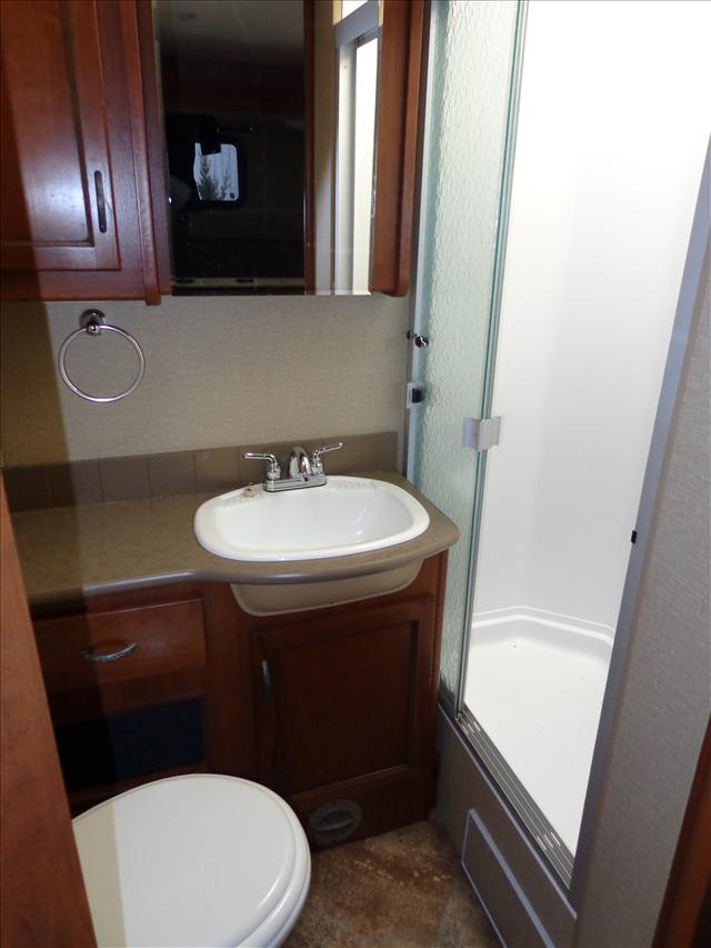 2016 Holiday Rambler ADMIRAL 32H For Sale In Cookstown