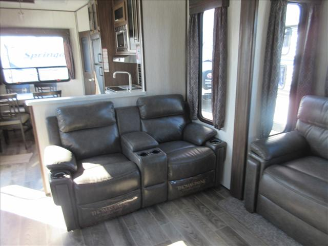 2019 Forest River ARCTIC WOLF F305ML6 For Sale In Abbotsford