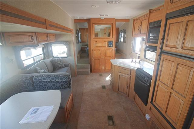 2010 Palomino PUMA 256RBSS For Sale In Bedford