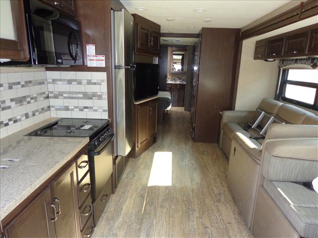 2019 Thor Motor Coach HURRICANE 35M For Sale In Cookstown