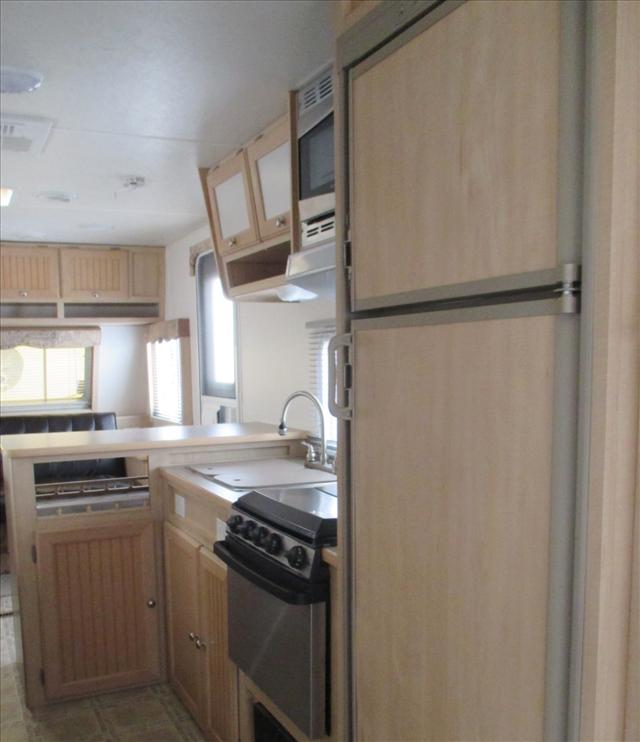 2004 Forest River SURVEYOR GS272 For Sale In Airdrie