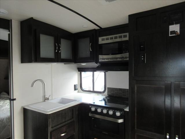 2019 Forest River SURVEYOR 241RBLE-WE For Sale In Abbotsford