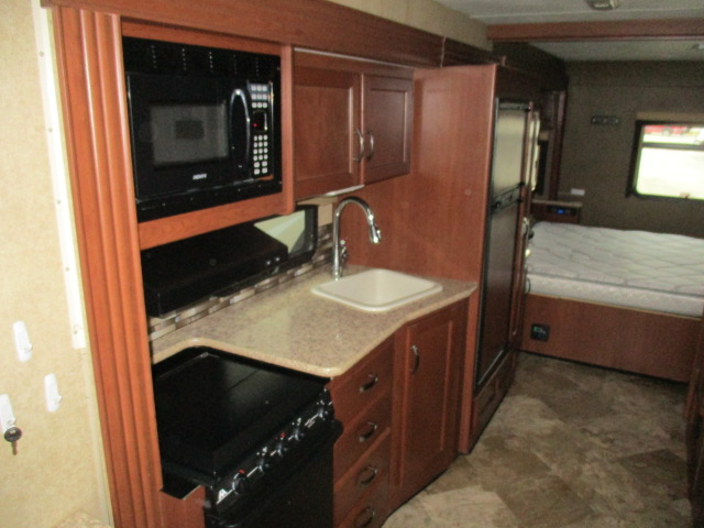 2015 Thor Motor Coach ACE 27.2 For Sale In Kamloops