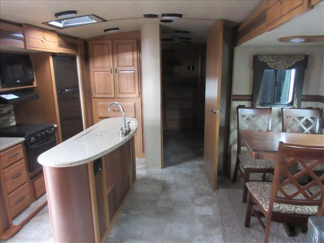2017 Crossroads SUNSET TRAIL 33BD For Sale In Abbotsford