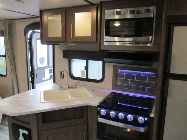 2019 Keystone HIDEOUT 26LHSWE For Sale In Kamloops