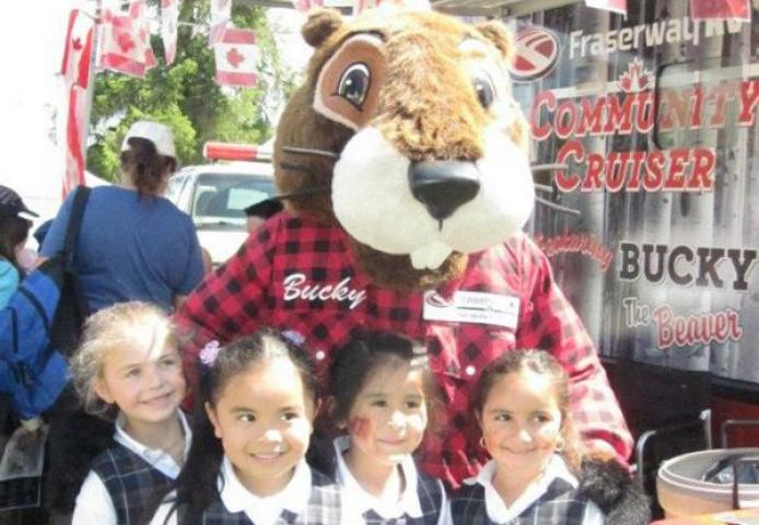 Bucky The Beaver Fraserway Rv