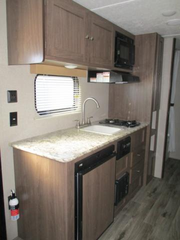 2019 Keystone HIDEOUT 175LHS For Sale In Leduc Kitchen