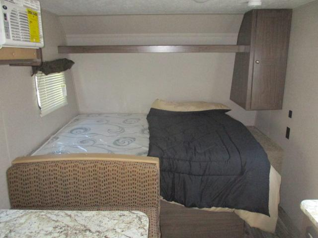 2019 Keystone HIDEOUT 175LHS For Sale In Leduc Queen Bed