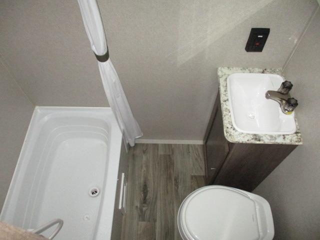2019 Keystone HIDEOUT 175LHS For Sale In Leduc Bathroom