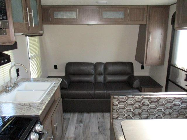2019 Keystone HIDEOUT 19LHSWE For Sale In Leduc Sofa Bed