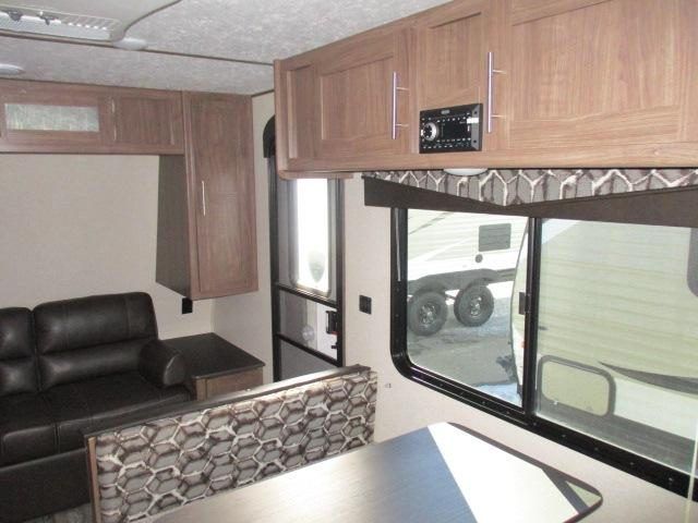 2019 Keystone HIDEOUT 19LHSWE For Sale In Leduc Living Area