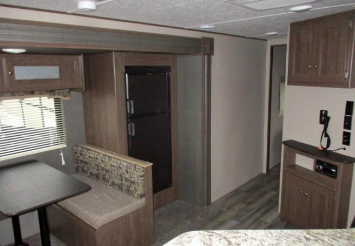 2019 Keystone HIDEOUT 24LHSWE For Sale In Leduc Living Area