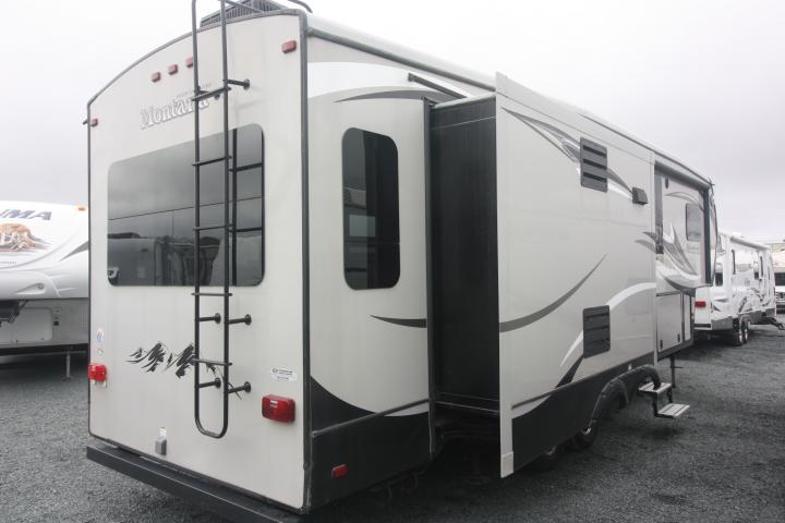 2015 Keystone Montana High Country 305RL For Sale In Bedford, Nova Scotia