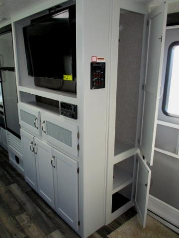 2019 Keystone BULLET 261RBSWE For Sale In Leduc Coat Shoe Closet