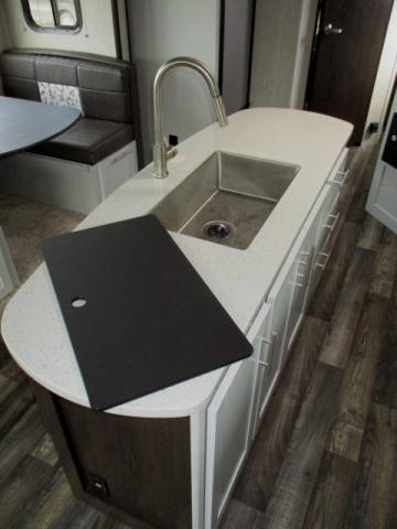 2019 Keystone Premier 30RIPR For Sale In Leduc Kitchen Island