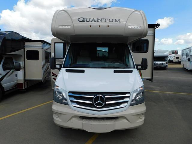 2019 Thor Motor Coach QUANTUM KM24*18 For Sale In Leduc Exterior